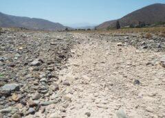 Plan de sequía del Gobierno: ¿El pueblo tiene que reparar los daños hechos por los saqueadores amigos del Presidente?